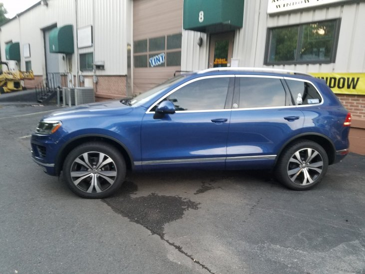 VW - Touareg Tinted
