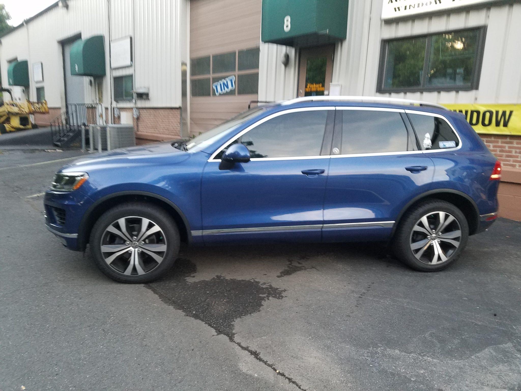 VW - Touareg Tinted